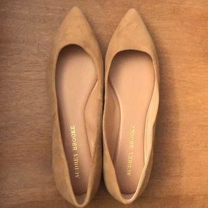 Audrey Brooke Nude suede pointy toe flats